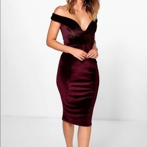 NWT Velvet Off-the-Shoulder Midi Bodycon Dress
